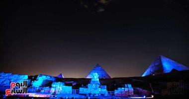 الأمم المتحدة تحتفل بالذكرى الـ75 لتأسيس ميثاقها وسط الأهرامات وأبو الهول .. صور