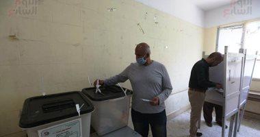 إقبال ملحوظ للناخبين على لجان انتخابات مجلس النواب بالوراق