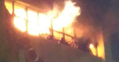 صورة الحماية المدينة تدفع بـ10سيارات للسيطرة على حريق مخازن بالعاشر من رمضان
