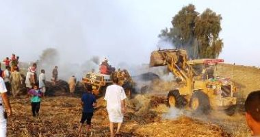 السيطرة على حريق بمعلف ماشية ومخزن للأدوات الكهربائية بالشرقية
