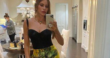 الممثلة الأعلى أجرا.. تعرف على سعر بنطلون صوفيا فيرجارا فى إطلالتها الجديدة