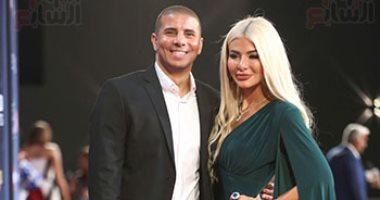 محمد زيدان وزوجته يكشفان لتليفزيون اليوم السابع سر ارتداء دبل ألماظ بمهرجان الجونة