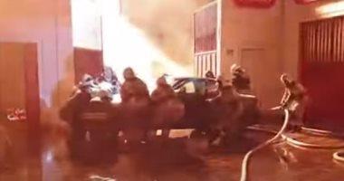 اندلاع حريق هائل فى محطة وقود بالشيشان وإبعاد السيارات عن الانفجار.. فيديو