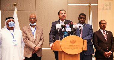 رئيس البرلمان العربى: انتخابات مجلس النواب فى مصر نزيهة وشفافة ومنظمة