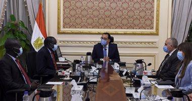 رئيس الوزراء يوجه بتشكيل لجنة عليا مشتركة مع جنوب السودان.. صور