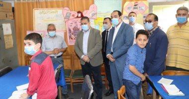 محافظ المنوفية وأعضاء أكاديمية التدريب يتفقدون مدرسة عبد الرحمن حجر الإعدادية