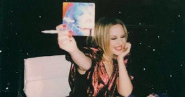 """شاهد كيف روجت كيلى مينوج لـ ألبومها الجديد """"Disco"""""""