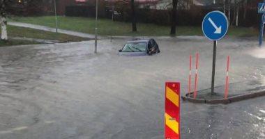 """فيضانات فى مدينة أوميو بالسويد ومطالب ببقاء المواطنين فى المنازل """"صور"""""""