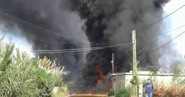 لقطات من اشتعال النار فى خط أنابيب بترول شمال لبنان قبل إخمادها.. فيديو