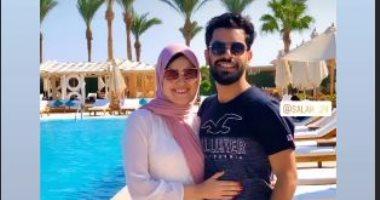 أول صورة لشقيق محمد صلاح فى شهر العسل مع زوجته