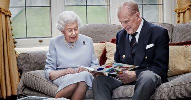 السعودية نيوز |                                              الملكة البريطانية إليزابيث الثانية وزوجها يتلقيان لقاح فيروس كورونا