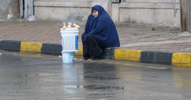 وزيرة التضامن توجه فريقا لمساعدة سيدة المطر بعد نشر صورتها فى اليوم السابع