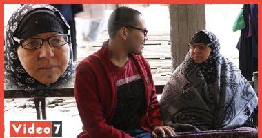 حكاية خلف الصورة.. سيدة المطر تتحدث عن رحلتها الصعبة مع الحياة (فيديو)