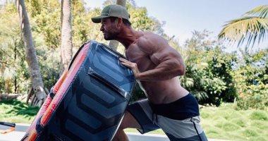 كريس هيمسورث يستعد لفيلم Thor Love and Thunder بالتمارين الرياضية القاسية