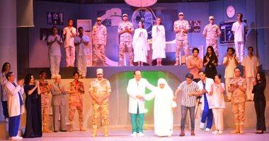 """استقبال حافل لمسرحية """"الوصية"""" ومدير المسرح القومى يشكر الحضور.. صور وفيديو"""