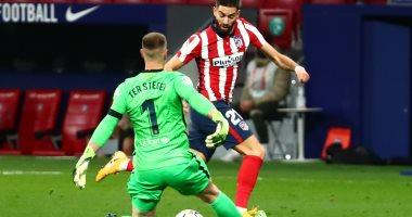 برشلونة يسقط أمام أتلتيكو مدريد ويتراجع للمركز العاشر بالليجا.. فيديو