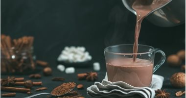 7 foods and drinks that are useful for the digestive system, most notably cocoa and watercress