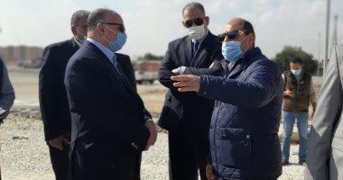 محافظ القاهرة يشرف على نقل الباعة لسوق التونسى الجديد.. صور