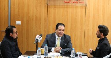 """علاء عابد يجيب على أخطر أسئلة المواطنين عبر مبادرة """"البرلمان والناس"""" بعد قليل"""