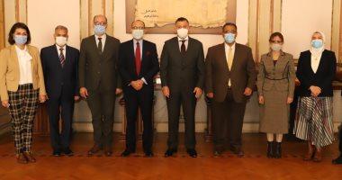 رئيس جامعة عين شمس يستقبل السفير المكسيكى بالقاهرة لبحث تبادل الخبرات