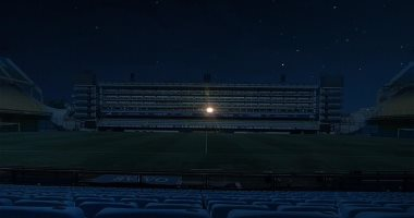 غرفة مارادونا بملعب بوكا جونيورز تضىء ليلاً عقب وفاته