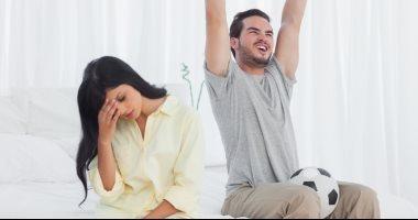 ماتخربيش على نفسك.. 10 نصائح للزوجات للهروب من مطب نهائى الأهلى والزمالك
