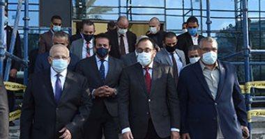 رئيس الوزراء يوجه بسرعة الانتهاء من أعمال تطوير المعهد القومى للأورام