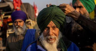 فيلم الأرض النسخة الهندية.. فلاحو البنجاب يعتصمون بالجرارات فى دلهى.. ألبوم صور