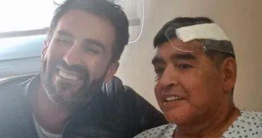 مارادونا وطبيبه الخاص