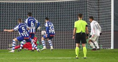 ريال مدريد يواصل نتائجه الهزيلة فى الدورى الإسبانى بالخسارة من ألافيس