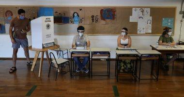 صور.. الناخبون البرازيليون يواصلون التصويت لاختيار رؤساء مجالس البلدية