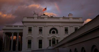 صور.. أمطار غزيرة فى واشنطن تضفى صورة جمالية للبيت الأبيض