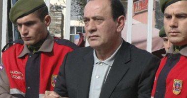 الشرطة التركية تعتقل مواطنا بتهمة إهانة زعيم المافيا