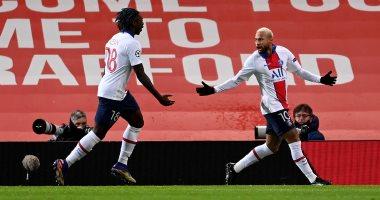 صورة التعادل يحسم شوط مثير بين مانشستر يونايتد ضد باريس سان جيرمان.. فيديو