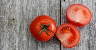 وصفات طبيعية من الطماطم للعناية بالبشرة والشعر.. عشان جمالك