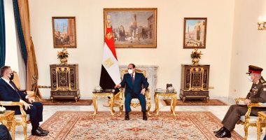 الرئيس السيسى يؤكد التطلع لتطوير التعاون العسكرى والتدريبات المشتركة مع اليونان