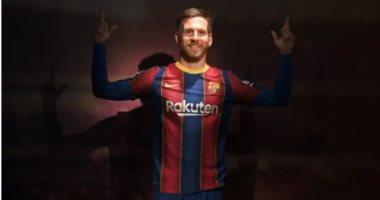 ميسي يتحول إلى آرون رامسي في متحف شمع برشلونة.. صور