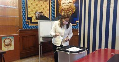 السعودية نيوز |                                              وزيرة التخطيط عقب الإدلاء بصوتها فى مصر الجديدة: المشاركة واجب على كل مواطن
