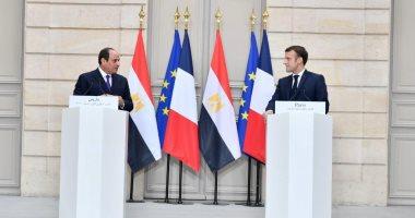 """الرئيس السيسي لـ""""ماكرون"""": مصر لن تقبل بالإضرار بمصالحها المائية"""