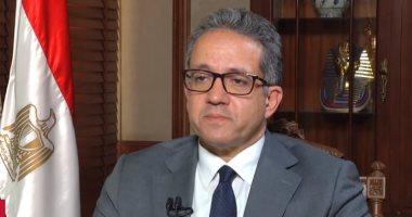 وزير السياحة: غلق 4 منشآت و55 مطعما لعدم الالتزام بالإجراءات الاحترازية