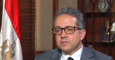 وزير السياحة يمد قرار  إيقاف إنشاء فروع جديدة لشركات السياحة لمدة 6 أشهر