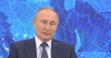 الكرملين: بوتين سيسترشد برأي الخبراء قبل اتخاذ قرار بشأن اللقاح ضد كورونا