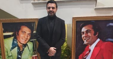 عمرو محمود ياسين يحيي الذكري السنوية لوفاة والده: لازلنا يا أبي نعيش في ظلك
