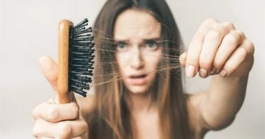 لماذا يتوقف شعرك عن النمو؟ 5 عادات تهدد صحته