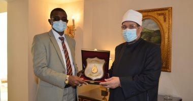 وزير الأوقاف يعلن إطلاق قافلة دعوية للأئمة والواعظات بالسودان فبراير المقبل