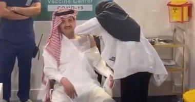 السعودية نيوز |                                              أمير المنطقة الشرقية بالسعودية يتلقى الجرعة الأولى للقاح كورونا في الدمام