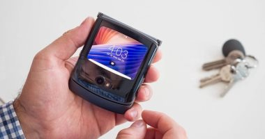 تسريبات تكشف شكل هواتف آيفون القابلة للطي من أبل