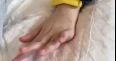 السعودية نيوز |                                              الأمير الوليد بن خالد بن طلال تريند على جوجل بعد تحريك يده عقب غيبوبة 15 سنة.. فيديو