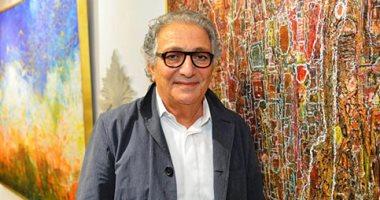 السعودية نيوز |                                              الفنان أحمد فريد يشرح كيف يبدع لوحاته الفنية.. فيديو وصور