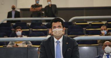 وزير الرياضة يهنئ منتخب اليد بعد الفوز على تشيلى بافتتاح المونديال